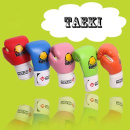 fighting training gear Promo Codes - Children Cartoon Sparring MMA Kick Fight Boxing Gloves Hand Protector Red Training Protective Gear for Kids' Age 4-12