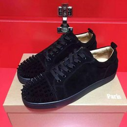 Wholesale High end custom metal studded spikes casual shoes new for men and women low top sneakers with soft bottom genuine leather size