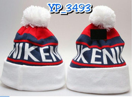 Wholesale Knit Sport Beanies Free Shipping - 2017 New American Flag Knit Hat Knitted Beanies Winter Warm Fashion Outdoor Embroidered Hats Sports Cap 1pcs drop shipping freeshipping
