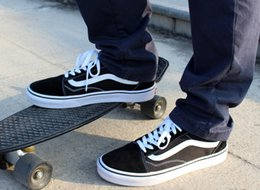 Wholesale Sneakers Mens Brands - Casual Canvas Shoes Classical White Black Brand Women And Mens Sneakers Skateboarding Shoes