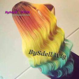 laranja preto cabelo sintético Desconto Longo Onda Solta Rainbow Color Peruca de Cabelo Estilo Harajuku Sintética Raiz Preta Ombre Laranja Amarelo Azul Cor Laço Do Cabelo Frente Perucas para a Mulher