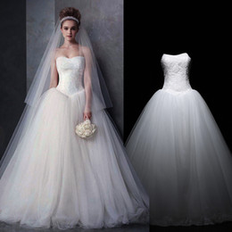 Wholesale Tulle Strapless Ball Gown China - Modern Simple Wedding Dresses 2017 Strapless Applique Lace Tulle Tiered Ball Gown Wedding Dress Cheap Lace Up China Bridal Gowns Custom Made