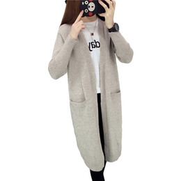 Cardigan tricoté à poche longue en Ligne-Haute Qualité Long Cardigan Femmes Pull 2018 Nouveau Printemps Automne Hiver À Manches Longues Tricoté Femelle Poches Pull Manteaux