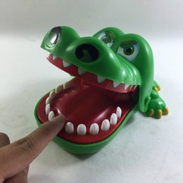 Wholesale Girl Crocodile Toy - Wholesale-Crocodile Mouth Bite Party Family Finger Game Boy Girl Kids Geek Toy Gift W163