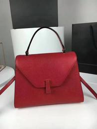 Wholesale Ladies Messenger Satchel - 2017 FASHION Genuine Leather A++ QUALITY WOMEN HANDBAG BRAND ORIGINAL LADIES CROSSBODY BAG REAL LEATHER WOMEN MESSENGER BAG RED BLACK