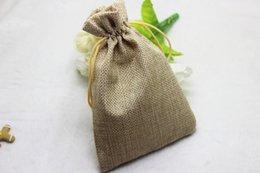 50 teile / los 7 * 9 cm 10 * 14 cm, natürliche Farbe Jute Tasche Kordelzug Geschenk Tasche Duft Lagerung Leinen Tasche Kosmetische Schmuck Zubehör Verpackung Tasche von Fabrikanten