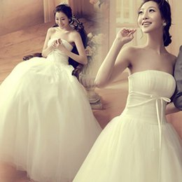 Wholesale Sexy Korea - 2017 Strapless Wedding Dresses A Line Simple Ruffle Korea Backless Lace and Satin Bridal Wedding Gowns