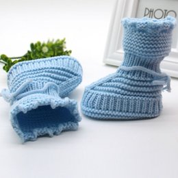 Argentina Al por mayor-Calcetín recién nacido a mano del bebé Infant Boys Girls Crochet Knit Booties Casual cuna zapato baby boy newborn crochet booties on sale Suministro
