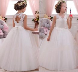 Wholesale Wedding Dress Open Back Bow - 2016 Lovely Lace Appliqued Tulle Flower Girls Dresses Open Back With Bows Sash A Line Girls Birthday Party Dresses Kids Formal Wear CPS294