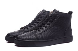 Wholesale Europe Boots - (with Original box)Exclusive high top Black series rivets casual shoes, Europe style in the fashion boots, the same star with flat shoes