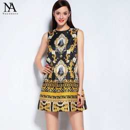 Wholesale Designer Dress Woman S - New Arrival 2017 Summer Women's O Neck Sleeveless Rhinestones Beaded Vintage Printed A Line Designer Jacquard Runway Dresses