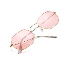 Bonne qualité mode polygone métal Sunglasse pour les femmes parti voyage été plage robe populaire lunettes de soleil marque conception lunettes en gros ? partir de fabricateur