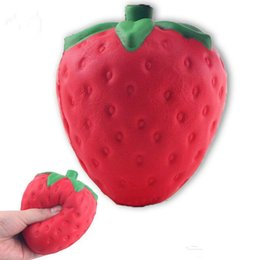 12cm big Colossal strawberry squishy jumbo simulation Fruit kawaii Artificial slow rising squishies queeze giocattoli borsa phone charm da