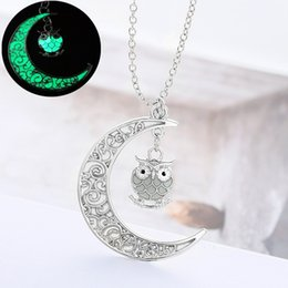 Wholesale Necklace Moon Men - Delicate Fashion Luminous Glow In the Dark Necklace Moon Owl Pendant Necklaces For Women Men Christmas Halloween Gifts B458Q