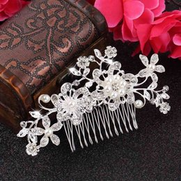 Wholesale Crown Tiara Hair Combs - 1pc Floral Wedding Tiara Sparkling silver plated Crystal simulated pearl Bridal Hair Combs Hairpin Jewelry Hair Accessories New