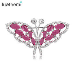 Wholesale Color White Activities - Luxury Zircon Crystal Butterfly Brooch for Women Activity Wedding Party Jewelry Crystal Brooch Pins White-Gold Color LUOTEEMI