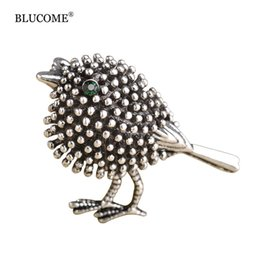 Wholesale Cute Round Collar Dress - Harajuku Cartoon Bird Brooch Pins Women Cute Dress Decoration Antique Gold color Animal Broches Vintage Scarf Small Collar Clips