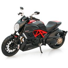 Wholesale Diecast Motorcycle Toy - Collectible Hottest Ducati Model Motorcycle 1 12 Scale Diecast 1198cc Moto brinquedos Kids Toys best birthday Collection Gifts