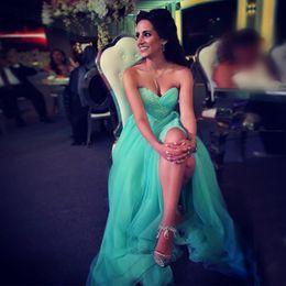 Elegante verde hortelã vestido de noite on-line-Elegant Mint Green Tulle Evening Dresses Sweetheart plissados Appliques Side Split Vestidos de noite Modest Prom Dresses Zipper Up