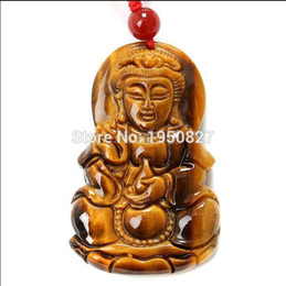 Pendente intagliato dell'occhio della tigre online-Di alta qualità 100% naturale fine intaglio cinese giallo Tiger-eye pietra Buddha ciondolo fortunato collana pendente amuleto giada gioielli