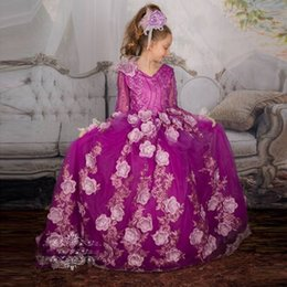Wholesale Dreses Girls Party - Beautiful Flower Girls Dresses V-Neck Long Sleeves Pageant Dreses With Handmade Flowers Beaded Custom Made Party Gowns 100% Real Image