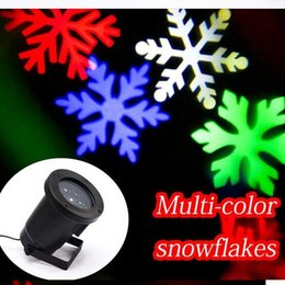 Wholesale Colored Snowflakes - Christmas Light Projector Xmas Porjectoable Moving Colored Snowflakes LED Projection Night Light Sparkling LED Projector Landscape Spotlight