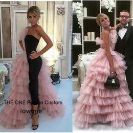 abiti da sera di alta couture Sconti Abito Couture nero 2017 Prom Dress di alta qualità Tulle rosa a file Design unico Abiti da sera lunghi Abito da donna formale