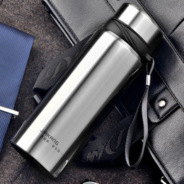 Wholesale Vacuum Water Flask - 750ML Thermos Mug Metal Water Bottle Vacuum Flask Tea Cup Insulated Cups Garrafa Termica Sports Bottle Botella De Agua