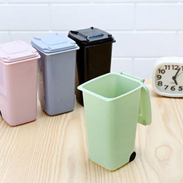 Wholesale Desktop Trash Can - Creative Multi Colors Plastic Desktop Garbage Cleaning Mini Small Trash Can Desk Organizer Dustbins with Lid and Wheels ZA2799