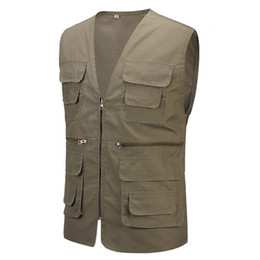 Wholesale Men Travel Vest - Wholesale- 2017 Summer Men's Regular Vest With Many Pockets Casual Photographer Vest Men Plus Large Size 4XL With Five Colors Travel Vests