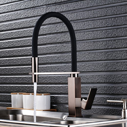 Wholesale black single handle kitchen faucet - Wholesale And Retail Kitchen Sink Faucet Single Handle Pull Out Mixer Tap with Black Rubber Body Nickel Brushed