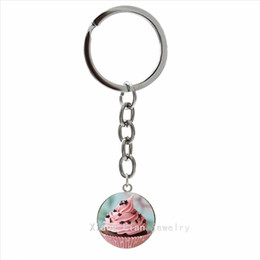 Wholesale Cupcake Pendant Wholesale - New Sweet style Cupcake picture pendant key chain accessory for Kawaii glass cabochon ring jewelry party gift for girls NS536