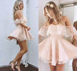 Wholesale Little Girl Sexy Fashion - 2017 Sweet Homecoming Dresses Off the Shoulder A Line Knee Length Vintage Lace Girl Prom Party Gowns Fashion Cocktail Dresses