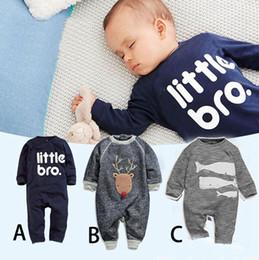 c8fc932e7981ad Neue Baby Weihnachts-Outfits Baumwoll-Hirsch-Wal-Buchstabe kleine Bro-Kinder-Anzug  Baby-Kleidung Neugeborenen Overall Top-Qualität
