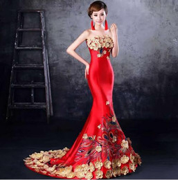 Wholesale Traditional Chinese Qipao Dresses - Hot Sale 2017 Fashion Red Embroidery Mermaid Evening Gowns Strapless Long Qipao Cheongsam Chinese Traditional Wedding Dress