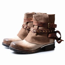 Wholesale Brown Girls Motorcycle Boots - Fashion British Gladiator Do Old Martin Boots For Cool Girl Motorcycle Boots Shade Color Chain Neutral Ankle Shoes
