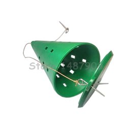 Wholesale Bait Feeder - Wholesale- Carp Coase Ice Fishing Feeders Spod Bomb Plastic Groundbait Bait Bomb Conic Feeder L590