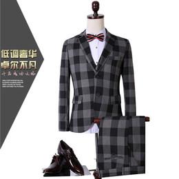 Wholesale Career Jackets - Wholesale- CCXO2017 spring new casual plaid three-piece suit men's suits career suit tz09 jacket + pant + vest