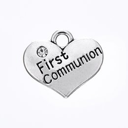Wholesale Wholesale First Communion - Hot Selling DIY Fashion Jewelry Antique Silver Plated Heart Shape Engraved First Communion Love Heart Charm
