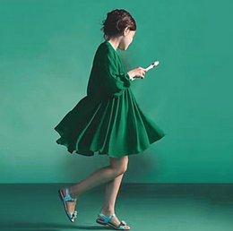 Wholesale Green Single Ruffle Dress - Mother and dauther dresses high quality girls long sleeve princess dress Enland style womens ruffle collect waist party dress R0080