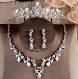 Wholesale Event Earring - 2017 New Dignity High Grade Earring Necklace Bridal Crown Sparkling Beautiful Wedding Event Bridal Jewelry Chic