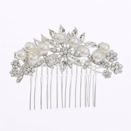 Wholesale Crystal Pearl Comb - Hair Combs Imitation Pearl Flower Party Wedding Hair Accessories Rhinestone Wedding Bridal Prom Evening Party Headpiece Size 8.5*6cm