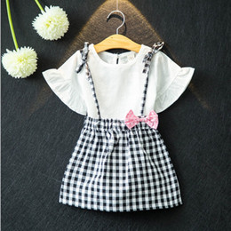 Wholesale T Shirt Plaid Suspenders - 2017 Baby Girls Clothing Sets New baby girl summer outfit hat White T-shirt + Plaid Bow Suspender Skirt 2pcs Suits C1188