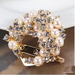Wholesale Bow Diamond Brooch - Korea Fashion Bow Brooch Pin Diamond Marry Celebrate Multipurpose Pearl Crystal Lovely Brooch