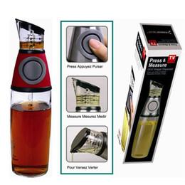 Wholesale Oil Meter - Practical Metering bottle pressing type quantitative scale health pot seal oil measure bottle kitchen tools