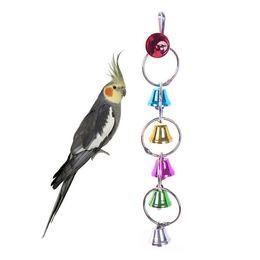 catena di uccelli di plastica Sconti Pappagallo Uccello Giocattoli Metallo Anello Campana Appesa Gabbia Giocattolo Per Scoiattolo Parrocchetto Uccelli Campane di Colore Ciondolo Vendita Calda 5 cw J1