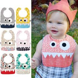 baberos grandes para bebés Rebajas Hot 15 Estilos Gran Ojo Monster Baberos Con Dientes Lindos Baberos de Bebé Suave Infantil Toalla de Saliva Niño Drible Burp Cloth IB354