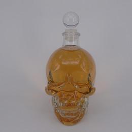 Wholesale Skull Hip Flask - wholesale Crystal Skeleton Head Clear Glass Bottles Crystal Skull Shot Glass Whiskey Vodka Glass wine flask bottle Novelty Hip cup 750ml