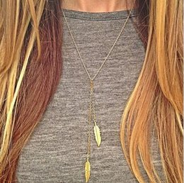 Wholesale Modern Gold Chains - Simple and modern series of 2 pcs gold leaves simple short necklace chain chain