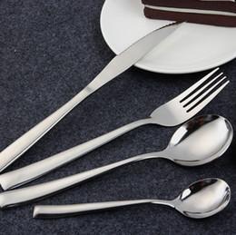 cuchillos de acero inoxidable Rebajas Vajilla occidental 4 unids / set Conjunto de cubiertos de acero inoxidable cuchillo tenedor cuchara cuchillo de carne caja de regalo de embalaje 2 estilos